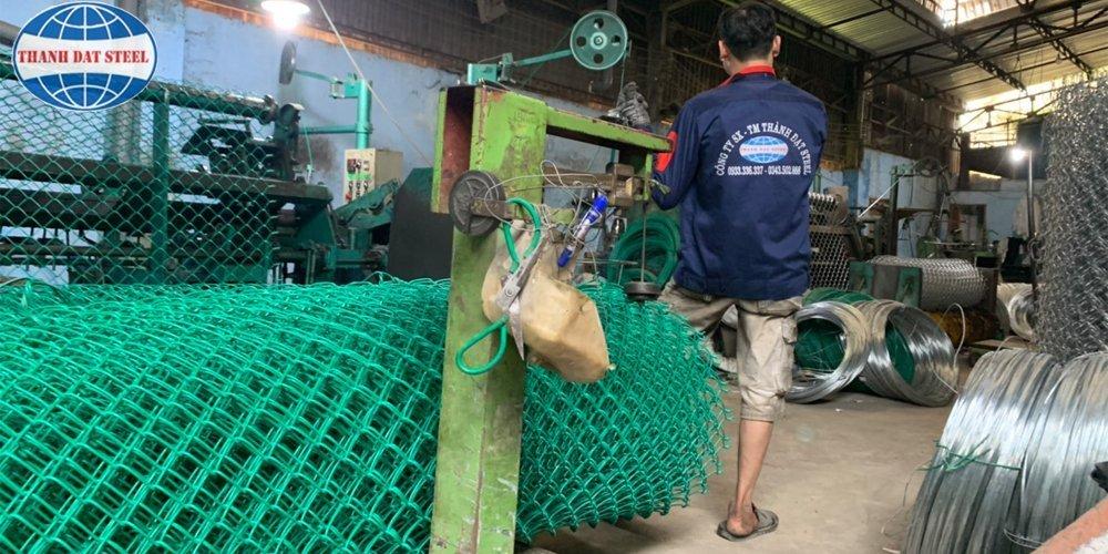 Quy trình sản xuất lưới B40 bọc nhựa
